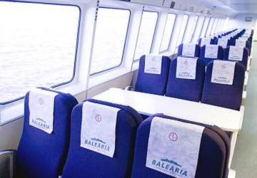 balearia_nixe_standard_seating_area