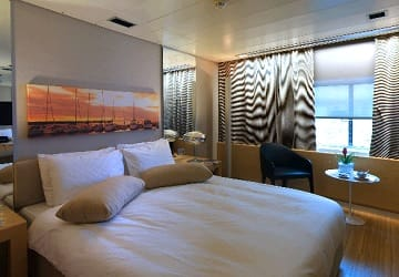 blue_star_ferries_blue_star_delos_lux_cabin